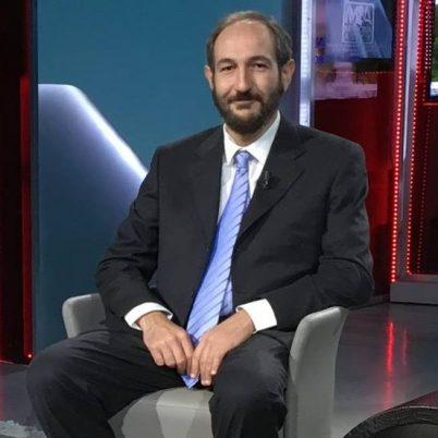 Il dott. Lorenzo Calvi, medico specializzato in Anestesia e Rianimazione e Ricercatore in etnofarmacologia - Cannabiscienza